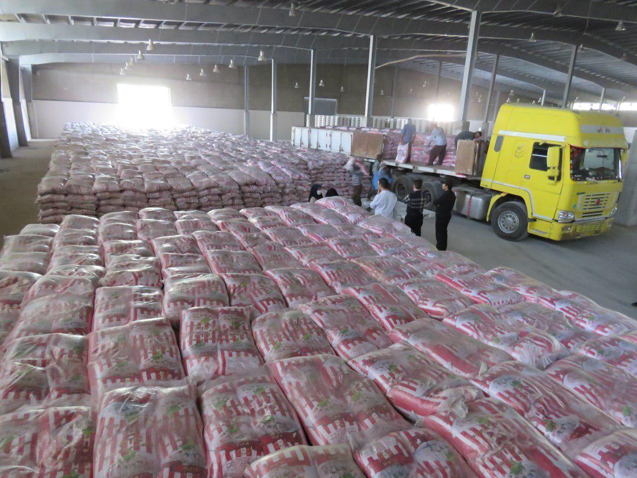 روغن و برنج موردنیاز قم در حال توزیع است