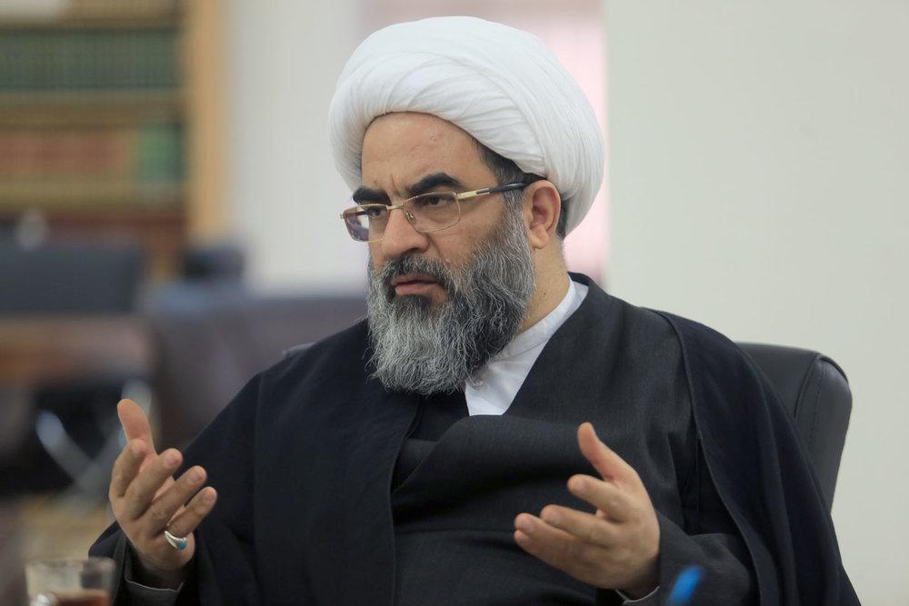 امام خمینی مخالف دیوارکشی در دانشگاهها بود