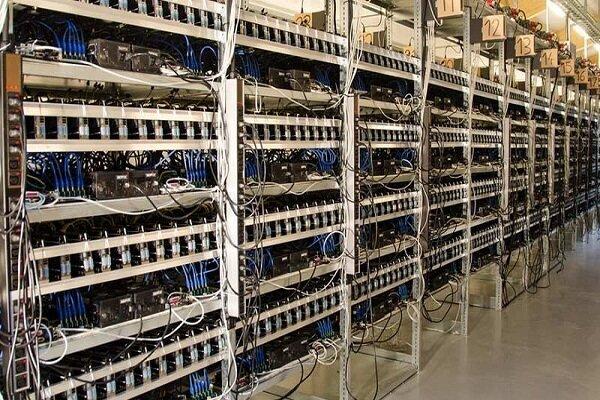 کشف۴۲ دستگاه تبدیل ارز دیجیتال از ۲ کارگاه در قم